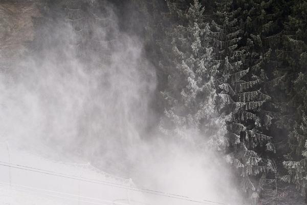 Snowstorm by LotaLota