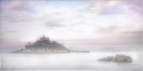Dawn at St. Michael\'s Mount by MAK2
