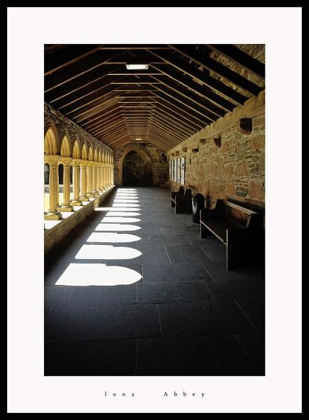 iona abbey by callumcorrie