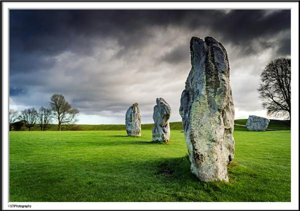 Avebury Stones by ian5986