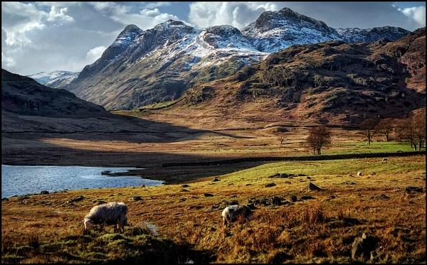 Blea Tarn, Little Langdale. by Niknut
