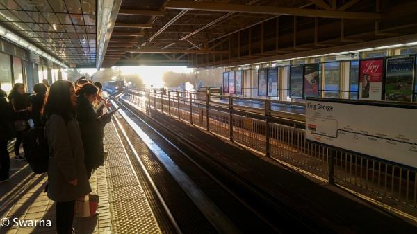 Morning commute... by Swarnadip