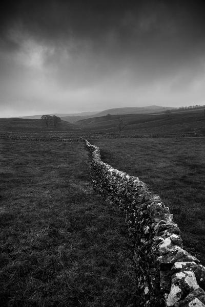 White peak wall by mini670