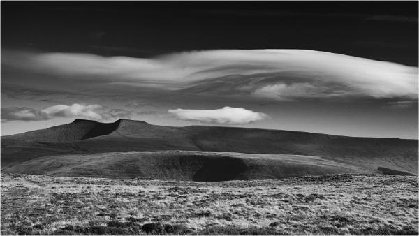 Brecon cloudscape by fredsphotos