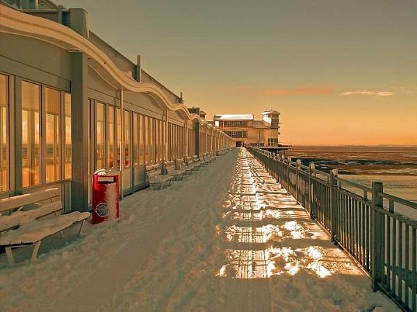 Winter pier by Skinwalker