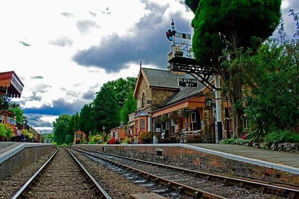 Hampton loade station by Skinwalker