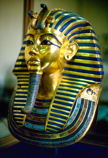 Death Mask of King Tutankhamun , Museumof Egyptian Antiquities, Cairo, 1988, Fujichrome Velvia 100 by traveller47