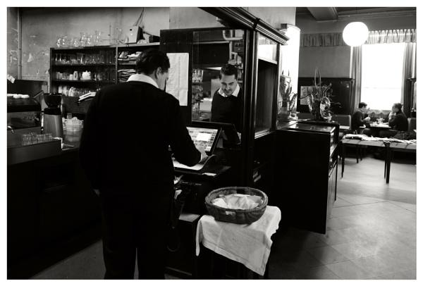 Herr Daniel.... the waiter (Part III) by bliba