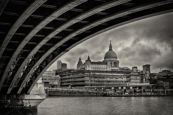 Moody Blackfriars by Stephen_B
