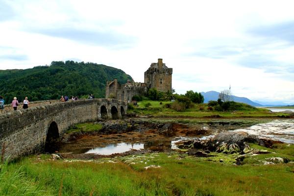 Old castle by snapperbryan06