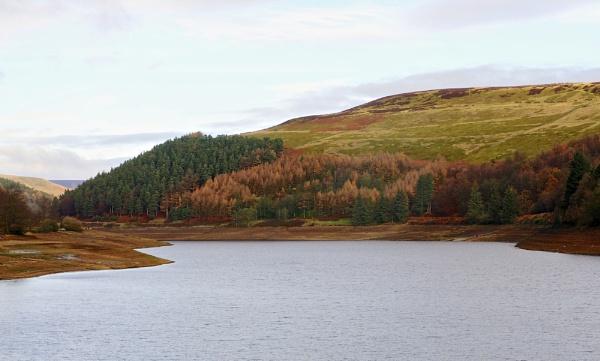 Ladybower Reservoir by harrywatson