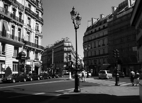 Paris Street by Lontano