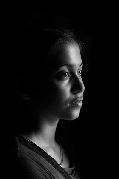 Natural light portrait by clicknimagine