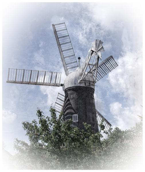 Dobson\'s Windmill - Burgh Le Marsh by PhilT2