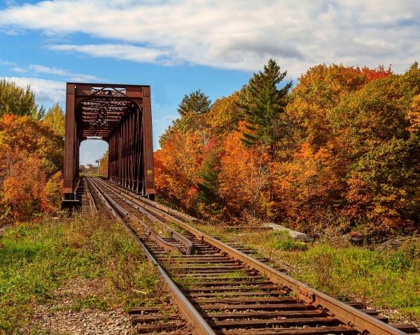 Train Bridge - Gatineau - Fall 2018 by Brianmdoucette