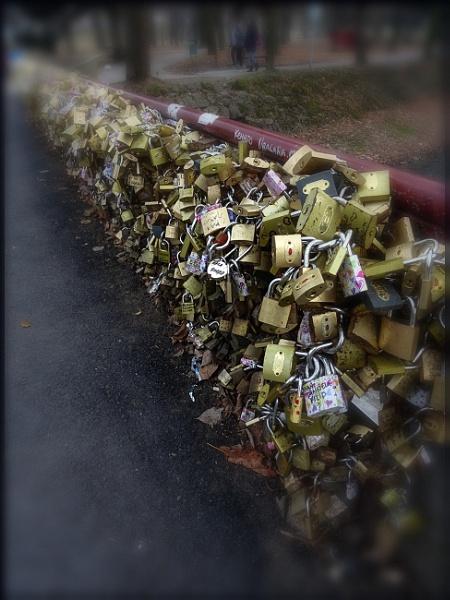 Bridge of love by nklakor
