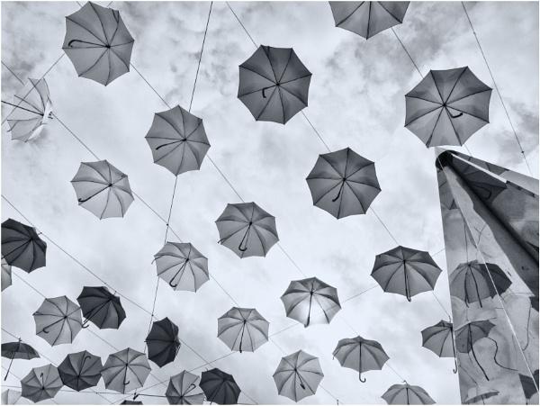 Umbrella\'s in the sky. by franken