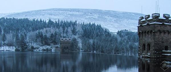 Winter at Ladybower by Jodyw17