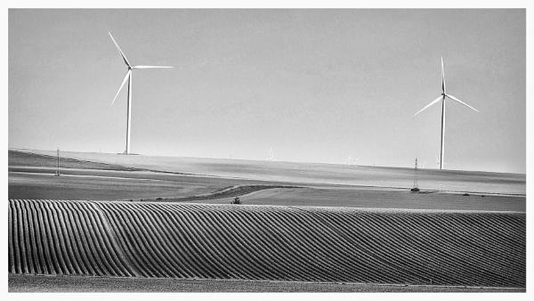 Wind power by Stevetheroofer