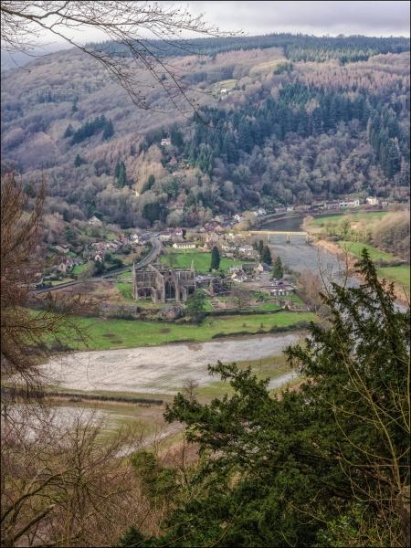 Tintern Abbey by Kilmas