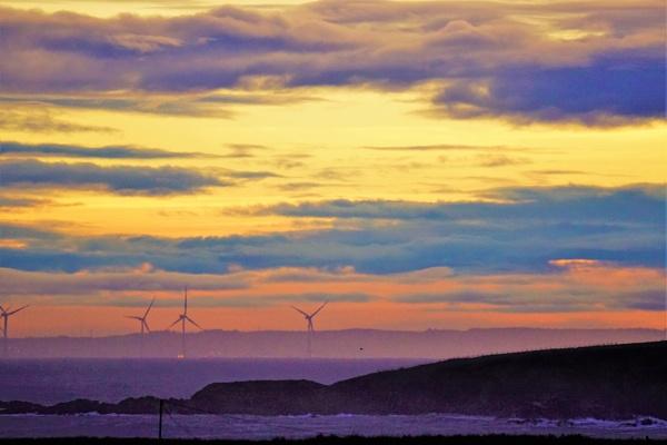 Wind Turbines off Aberdeen. by macprints