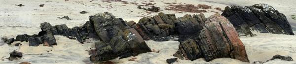 Rocks at Luskentyre by PRC