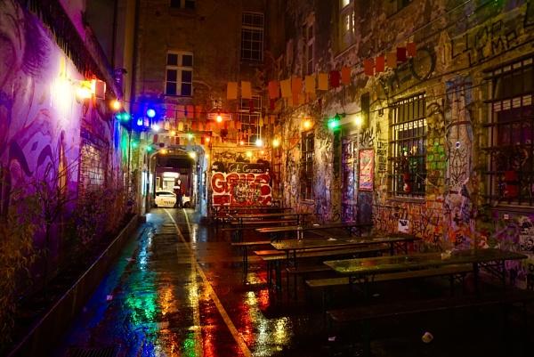 Berlin street art by tincanstorm
