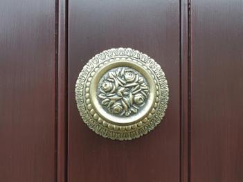 Door Handle with Roses
