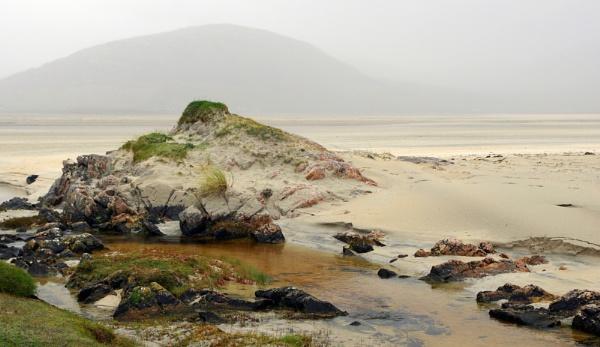 Rocks at Luskentyre II by PRC