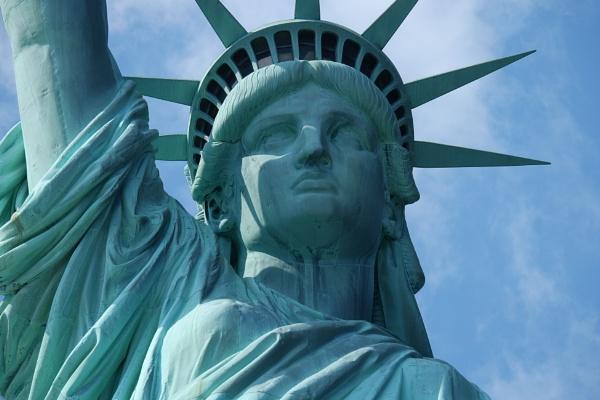 Statue of Liberty by lebkuchen