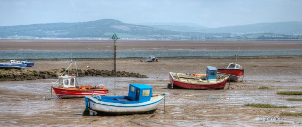 Awaiting the Tide by gpimages