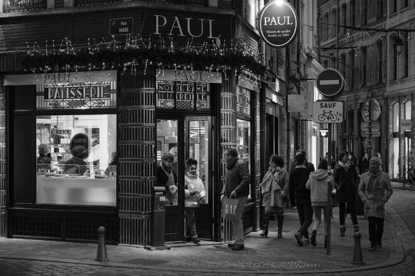 Bakery Paul in Lille by Drummerdelight