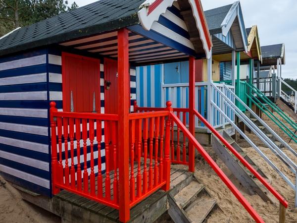 Wells beach huts by Dwaller