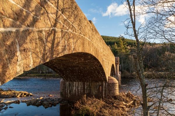 Dee Bridge, Ballater by tonybridge