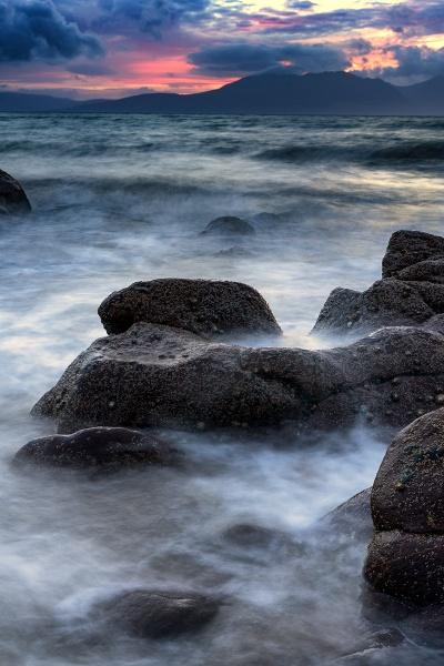 misty rocks by meyeview