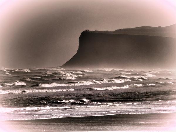 ROUGH SEA. by kojack