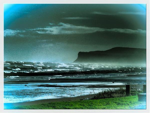 WAVES AND SPRAY. by kojack