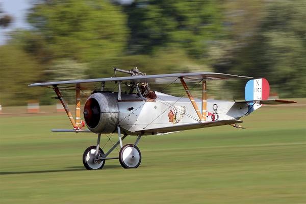 Nieuport 17 bi-plane by Photografer
