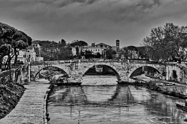 Bridge cestio by amaphoteur