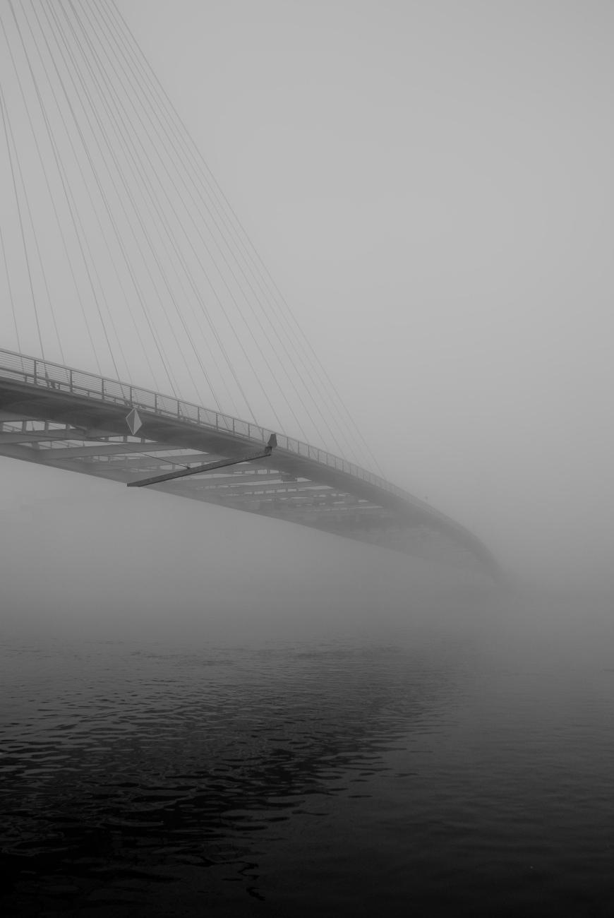 pont dans les nuage
