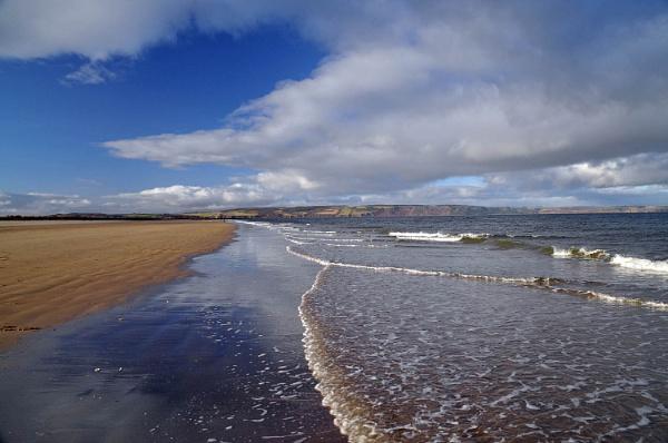Delnies Beach