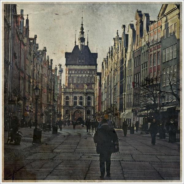 Long Market - Gdańsk by papajedi