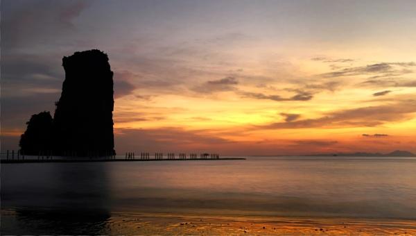 Ao Nang, Krabi by stinky_pete