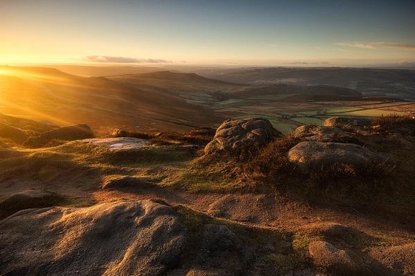 Derbyshire Dawn by BIGRY1
