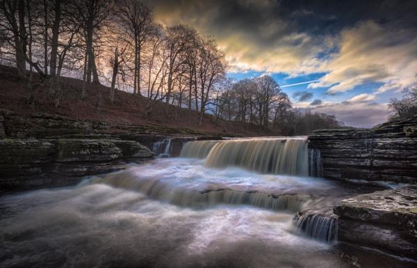 Aysgarth Flowing by Legend147