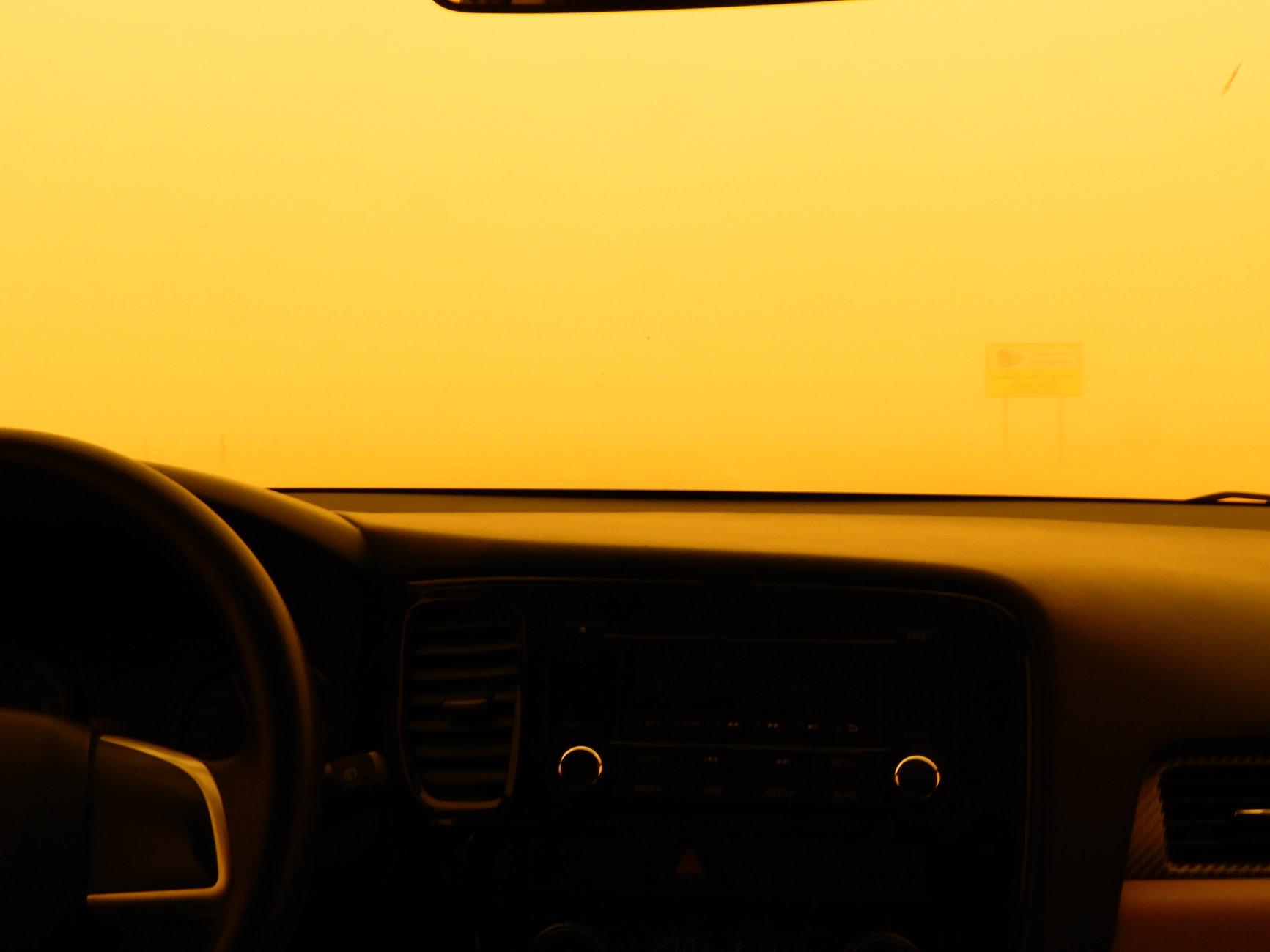 In the desert :11 Sandstorm