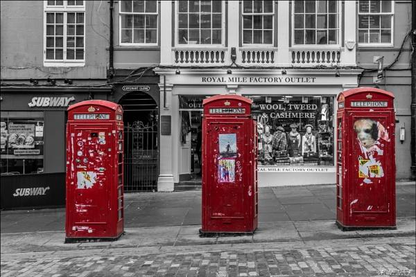 Edinburgh\'s Red Coats by NDODS
