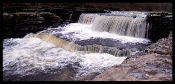 Aysgarth Falls by RJNPhotographic