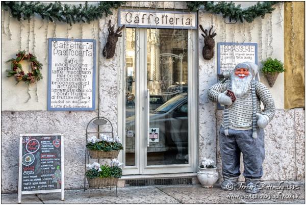 Santa incognito by TrevBatWCC