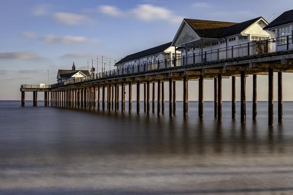 Southwold Pier by adamsa